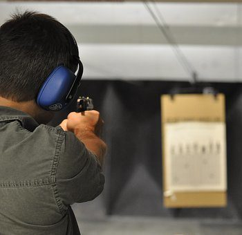 firing-a-handgun-safely-and-effectively